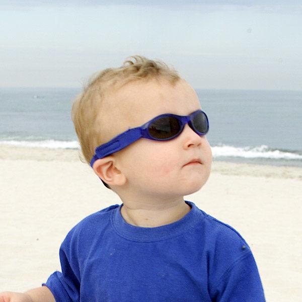 Baby Banz Adventure Banz Blue sunglasses in the sun