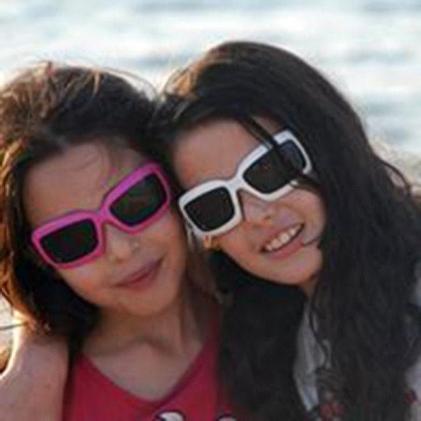 Two girls in JBanz sunglasses