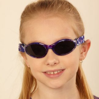 Girl in Adventure Banz Tortoiseshell Purple sunglasses