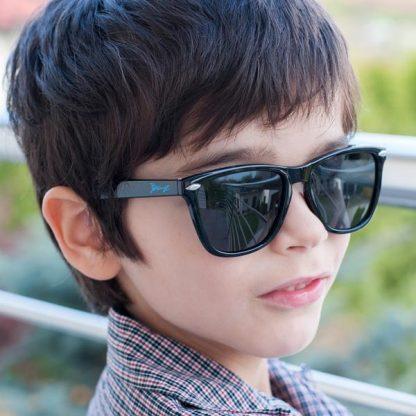 JBanz Flyerz Black sunglasses on a boy