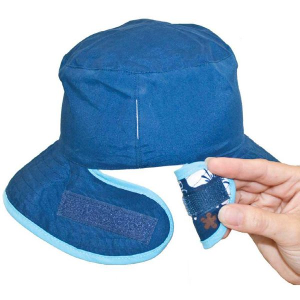 Reversible sunhat showing easy adjustment