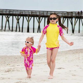 Girl in Sun Blossom Yellow short-sleeved rash top